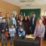 Koζάνη: Τα χριστουγεννιάτικα_κάλαντα τραγούδησε ο Σύλλογος Μικρασιατών Π.Ε. Κοζάνης στο Γενικό Περιφερειακό Αστυνομικό Διευθυντή Δυτικής Μακεδονίας.