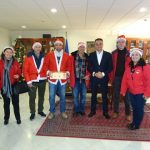 Τα Χριστουγεννιάτικα Κάλαντα έψαλλαν, ο στρατός και σύλλογοι της περιοχής, στον Περιφερειάρχη Δυτικής Μακεδονίας Θεόδωρο Καρυπίδη, τη Δευτέρα 24 Δεκεμβρίου( Βίντεο & Φωτογραφίες)