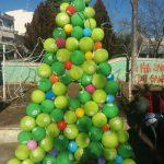 kozan.gr: Πτολεμαΐδα: Το όμορφο Χριστουγεννιάτικο δέντρο, με μπαλόνια, από τοεικαστικόatelier«ΠΕΡΙ ΤΕΧΝΗΣ» της Ντανιέλα Νικόλοβα-Σιδηροπούλου