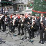 kozan.gr: Ποντιακά κάλαντα και τραγούδια ακούστηκαν  στην κεντρική πλατεία Κοζάνης το πρωί του Σαββάτου 22/12    (Φωτογραφίες & Βίντεο)