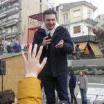 kozan.gr: Ο γνωστός Youtuber, Τόλης Τσιρούδης, διασκέδασε, με τα παιχνίδια του, μαθητές σχολείων της Κοζάνης (Βίντεο & Φωτογραφίες)
