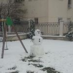 kozan.gr: Ο χιονάνθρωπος στο Δημοτικό Κήπο Κοζάνης