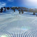 Aθλητές του Χιονοδρομικού Ορειβατικού Συλλόγου Γρεβενών, στην πλατεία Νίκης στην Κοζάνη, την Κυριακή 16 Δεκεμβρίου