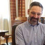 kozan.gr: Λ. Ιωαννίδης για Κ. Μιχαηλίδη και για το όνομα του συνδυασμού του «Μετάβαση»:  «Όταν στο δήμο Δ. Υψηλάντη, το 2007, συζητούσαμε για τη Μετάβαση κι έβαζα κι εγώ, προσωπικά, σαν ενεργός πολίτης, το ζήτημα της μετάβασης, ο κ. Μιχαηλίδης μας κατηγορούσε ότι οι άνθρωποι θέλουν να τρώνε ραδίκια – Ισχύει εν μέρει αυτό που λέει ότι άφησε ένα πολύ καλό δήμο (Δημ. Υψηλάντη), γιατί πότε δεν ανέφερε ο κ. Μιχαηλίδης τι δήμο παρέλαβε» (Βίντεο)