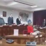 kozan.gr: Eνός λεπτού σιγή για τους εκλιπόντες Κατσίνα & Κριαρίδη, στη σημερινή, πρώτη συνεδρίαση, του Δ.Σ. Εορδαίας, για το νέο έτος 2019 (Bίντεο)