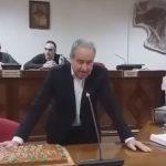 kozan.gr: Έκοψαν πίτα, το απόγευμα της Δευτέρας 28/1, στο δημοτικό συμβούλιο Εορδαίας – Ευχές στο δήμαρχο Σ. Ζαμανίδη για ταχεία ανάρρωση (Βίντεο)