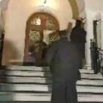 "kozan.gr: Σιάτιστα: Κλαίνε οι κληρικοί: ""Δε θα βρούμε άλλον Παύλο"" – Κεραυνός εν αιθρία η είδηση ότι εκοιμήθη ο μακαριστός Μητροπολίτης Παύλος – Εικόνες, ΤΩΡΑ, από τη Μητρόπολη Σισανίου & Σιατίστης  (Βίντεο)"