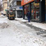 kozan.gr: Μηχανήματα του δήμου Κοζάνης ανοίγουν δρομάκια στον κεντρικό πεζόδρομο της πόλης  (Βίντεο & Φωτογραφίες)