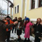 kozan.gr: Πολύ κέφι & χορός στο σημερινό (1/1/2019) Πρωτοχρονιάτικο καρναβάλι στην χιονισμένη Βλάστη Εορδαίας  (Φωτογραφίες & Βίντεο)