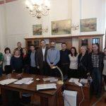 Συνάντηση με καθηγητές σχολείων που συμμετέχουν στο πρόγραμμα «Μάθημα Ηθικής Σχολικής Διατροφής» είχε ο Δήμαρχος Κοζάνης- Το Γυμνάσιο Αιανής συντονιστής του προγράμματος (Φωτογραφίες)
