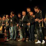 Εντυπωσίασε το Μουσικό Σύνολο Παραδοσιακής Ορχήστρας του Μουσικού Σχολείου Σιάτιστας, στη Φιλανθρωπική Εκδήλωση που διοργάνωσε το 3ο ΓΕΛ Κοζάνης