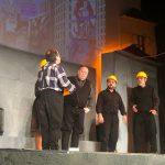 """kozan.gr: Πολύ γέλιο στην παράσταση """"Κοζάνη 2146 μ.Χ. – Σώστι τ' Σκ' ρκα"""" – Bίντεο & φωτογραφίες από την παράσταση του Σαββάτου 2/3 (Βίντεο & Φωτογραφίες)"""