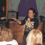 kozan.gr: Μια βραδιά με αγαπημένα τραγούδια, από τους Ολύμπιανς μέχρι σήμερα, χάρισε, χθες Δευτέρα 4/3, σε όσους βρέθηκαν στο  El Barrio «Coffee & Cocktail Specialists» στην Κοζάνη, ο γνωστός τραγουδιστής Πασχάλης (Φωτογραφίες & Βίντεο)