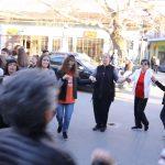 kozan.gr: Με χορό και τραγούδι υποδέχτηκαν στο Βελβεντό την υπερψήφιση της τροπολογίας για την ανεξαρτητοποίηση του δήμου (Βίντεο & Φωτογραφίες)