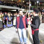 kozan.gr: Η ωραία κίνηση και τα όμορφα λόγια αναγνώρισης του Προέδρου της «Κόζιανης» Γ. Τζουμερκιώτη προς τον Πρόεδρο του ΟΑΠΝ Γ. Ιωαννίδη: «Είναι αυτός που μας έφτιαξε το Φανό» (Βίντεο)