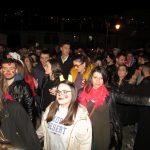 kozan.gr: Το γλέντι στο φανό της «Σκ'ρκας», το βράδυ της Κυριακής της Μεγάλης Αποκριάς   (Φωτογραφίες & Βίντεο 8′)