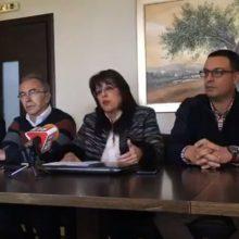 kozan.gr: Tους υποψηφίους Περιφερειακούς Συμβούλους και τους βασικούς άξονες του προγράμματος του συνδυασμού για το νομό Καστοριάς παρουσίασε, το μεσημέρι της Παρασκευής, η Γ. Ζεμπιλιάδου (Βίντεο)
