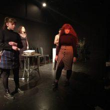Κοζάνη: Επιτυχημένη η εκδήλωση – αφιέρωμα στον ποιητή και ζωγράφο Ν. Εγγονόπουλο με διοργανωτές τους: Ταξιδευτές του θεάτρου