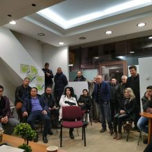 kozan.gr: Προετοιμασία για τα εγκαίνια των γραφείων του υποψηφίου δημάρχου Κοζάνης Κυριάκου Μιχαηλίδη