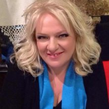 kozan.gr: Χύτρα ειδήσεων: Υποψήφια περιφερειακή σύμβουλος με το συνδυασμό του Θ. Καρυπίδη η δημοσιογράφος Κατερίνα Μαρκοπούλου