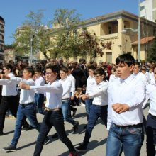 kozan.gr: Βίντεο (38′) με, ΟΛΗ, τη σημερινή (μαθητική & στρατιωτική) παρέλαση για την επέτειο της 25ης Μαρτίου στην Κοζάνη