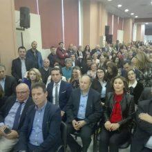 Αυτοί είναι οι 29 υποψήφιοι περιφερειακοί σύμβουλοι που θα παρουσιάσει στη σημερινή εκδήλωση στο εκθεσιακό κέντρο στα Κοίλα Κοζάνης ο Γ. Κασαπίδης