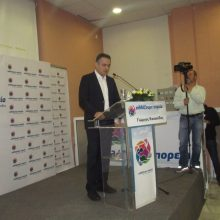 kozan.gr: Με πολλές αναφορές στην Μακεδονία η ομιλία του υποψηφίου Περιφερειάρχη Δ. Μακεδονίας Γ. Κασαπίδη στην ομιλία του στο Εκθεσιακό Κέντρο στα Κοίλα Κοζάνης – Χαρακτήρισε γερασμένη την Περιφερειακή Αρχή και τον Περιφερειάρχη ως «προπονητή» που πέταξε λευκή πετσέτα (Bίντεο)