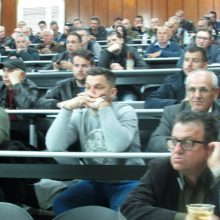 kozan.gr: Κοζάνη: Aπέκτησαν γνώσεις σχετικά με την παραγωγή και διάθεση προϊόντων κυψέλης, παρακολουθώντας σεμινάριο Μελισσοκομίας, που πραγματοποιήθηκε το πρωί της Κυριακής 14/4  (Φωτογραφίες & Βίντεο)