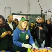 kozan.gr: Ώρα 12:05 μ.μ.: Στις εγκαταστάσεις του Αγροτικού Συνεταιρισμού «ΑΣΕΠΟΠ Βελβεντού» ξεναγήθηκε ο Πρωθυπουργός Αλέξης Τσίπρας (Βίντεο & Φωτογραφίες)