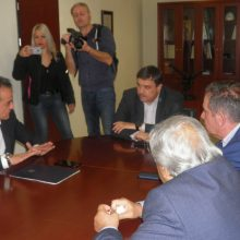 "kozan.gr: Α. Ξανθός για το νοσοκομείο Κοζάνης: ""Στόχος μας είναι να αναβαθμίσουμε τις υπηρεσίες της ογκολογικής στην ευρύτερη Περιφέρεια. Το νοσοκομείο της Κοζάνης, χρειάζεται μια παρέμβαση μεγάλης ανακαίνισης με νέα σύγχρονη πτέρυγα. Έχουμε το χρηματοδοτικό εργαλείο"" (Βίντεο & Φωτογραφίες)"