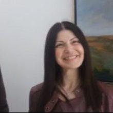 kozan.gr: Η πρώην υποψήφια με τη ΝΔ κι εκπαιδευτικός Έλσα Φωτιάδου επισκέφθηκε,  το μεσημέρι της Παρασκευής, μαζί με τους μαθητές της, τη γενέτειρά της, την Πτολεμαΐδα (Βίντεο)