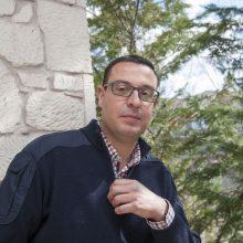 Ο Δημήτρης Γιαγκόπουλος, υποψήφιος περιφερειακός σύμβουλος, με το συνδυασμό «ΕΛΠΙΔΑ» της Γ. Ζεμπιλιάδου.