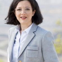 Υποψήφια ευρωβουλευτής με το Κίνημα Αλλαγής, η Υπατία Κωνσταντινίδου, από την Πτολεμαΐδα