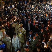 kozan.gr: Πλήθος πιστών στην περιφορά του Επιταφίου στον Ι.Μ.Ν. του Αγίου Νικολάου στην Κοζάνη, το βράδυ της Μ. Παρασκευής (Βίντεο 8′ & 120+ Φωτογραφίες)