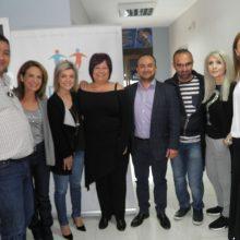 kozan.gr: Εκδήλωση ευαισθητοποίησης και ενημέρωσης της τοπικής κοινωνίας για την εθελούσια δωρεά μυελού των οστών, διοργάνωσε, σήμερα 3/5 η ΝΟΔΕ Κοζάνης – Παρούσα η υποψηφία Ευρωβουλευτής της ΝΔ  Πέγκυ Σταθακοπούλου (Φωτογραφίες & Βίντεο)