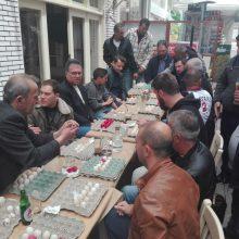 kozan.gr: Οι καθιερωμένες αβγομαχίες, στο καφέ – ουζερί, «Όπως παλιά» στην Κοζάνη (Βίντεο & Φωτογραφίες)