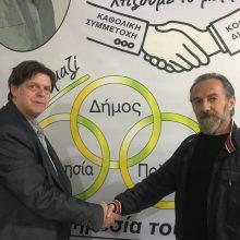 O Ματθαίος Παναγιωτίδης, ελεύθερος επαγγελματίας από την Λευκόβρυση Κοζάνης, υποψήφιος με  Κώστα Κύργια