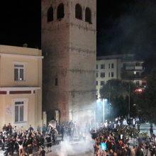 kozan.gr: 'Ωρα 23:15: Οι πανηγυρισμοί φιλάθλων του ΠΑΟΚ, στο κέντρο της Κοζάνης, μετά την κατάκτηση του Κυπέλλου Ελλάδος στο ποδόσφαιρο (Βίντεο 6' (HD) & Φωτογραφίες)