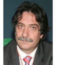 Συγχαρητήρια στο νευροχειρουργό Γιάννη Πατσαλά, που γεννήθηκε και μεγάλωσε στην Κοζάνη