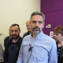 "kozan.gr (Πριν από λίγο – Ώρα 19:30 – Νέα δήλωση Λ. Ιωαννίδη): ""Η παράταξή μας περνάει στον επόμενο γύρο των δημοτικών εκλογών – Πλέον όλη η προσοχή μας στρέφεται εκεί. Εξάλλου έχουμε εμπιστοσύνη στις δικαστικές και διοικητικές αρχές για το αδιάβλητο της διαδικασίας – Θεωρούμε ότι οι εκλογές κερδίζονται στις κάλπες. Για εμάς προέχει η νίκη την επόμενη Κυριακή. Η σημερινή μέρα μας βρίσκει ενωμένους και αισιόδοξους"" (Βίντεο)"