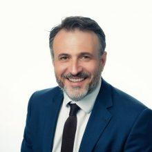 kozan.gr: O Δημήτριος Σιόλιος Σύνδεσμος μεταξύ της Γραμματείας Οργανωτικού και της ΝΟΔΕ Κοζάνης για θέμα Μητρώου Πολιτικών Στελεχών
