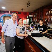 Ο Στάθης Κωνσταντινίδης επισκέφθηκε τη λαϊκή αγορά και τα καταστήματα της Κοζάνης