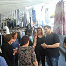 Τη Λαϊκή Αγορά Σερβίων, τα εμπορικά καταστήματα και το Κέντρο Υγείας των Σερβίων επισκέφθηκε ο υποψήφιος Βουλευτής του ΚΙΝ. ΑΛ. Λουκάς Ζαρογιάννης