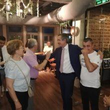 kozan.gr: Ώρα 22:00: Φωτογραφίες & βίντεο, αυτή τη στιγμή, από το εκλογικό κέντρο του Στάθη Κωνσταντινίδη στην Κοζάνη