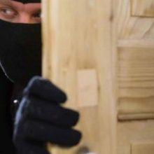 Σιάτιστα: Πάλεψε με τον κλέφτη στην πόρτα του σπιτιού του