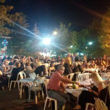 kozan.gr: Ξεκίνησαν, το βράδυ της Παρασκευής 19/7, οι διήμερες εκδηλώσεις, στην πλατεία Ασβεστόπετρας Εορδαίας  (Φωτογραφίες & Βίντεο)