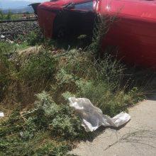 Αμαξοστοιχία, κινούμενη από Φλωρινα προς Θεσσαλονικη, παρέσυρε ΙΧ αυτοκινητο στην διάβαση Ξυνού Νερού