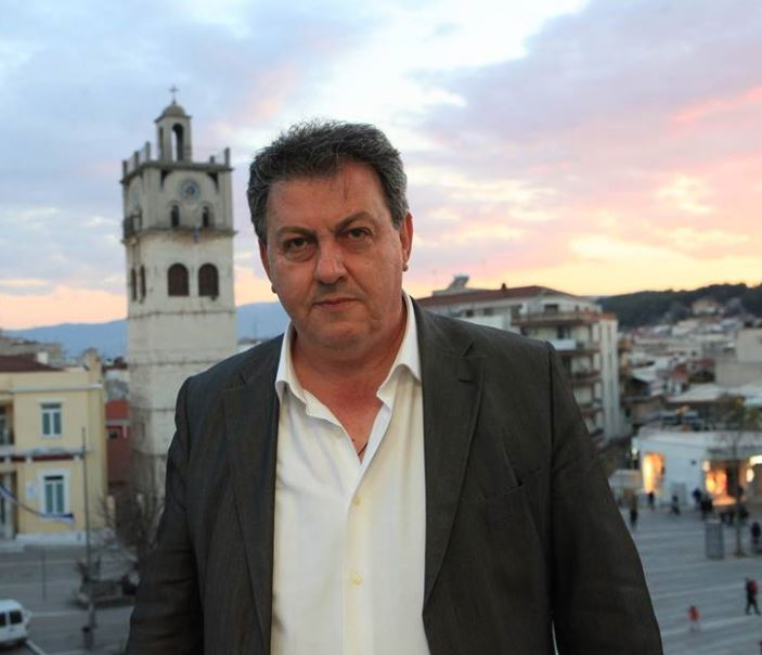 """kozan.gr: Θ. Παπαδόπουλος για τη δημιουργία τεράστιας έκτασης φωτοβολταϊκού πάρκου στο αγρόκτημα Γαλανίου: """"Δε μπορεί οι Μαλούτας, Μιχαηλίδης & Σημανδράκος να μιλούν για εμάς, χωρίς εμάς. Εγώ ήμουν υποψήφιος και στήριξα την υποψηφιότητα του Ε. Σημανδράκου όμως σε αυτό το θέμα είναι μέγα λάθος του Σημανδρακου να τοποθετείται θετικά. Δεν γνώριζε κανένας κάτοικος Δρεπάνου γι' αυτό το θέμα – Το Τοπικό Συμβούλιο οφείλει να ανακαλέσει τη θετική γνωμοδότηση και να ζητήσει δημόσια συγγνώμη"""" (Βίντεο)"""