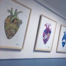 12χρονη διακοσμεί με τους πίνακες ζωγραφικής της, την καρδιολογική κλινική του Μαμάτσειου Νοσοκομείου Κοζάνης