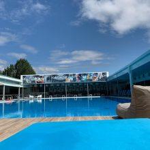 kozan.gr: Αναζωογονητικές βουτιές στην εντυπωσιακή πισίνα του ξενοδοχείου Παντελίδης